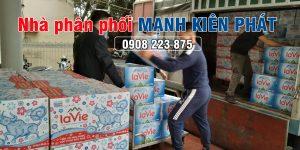 Nhà phân phối thùng nước suối Lavie Mạnh Kiên Phát